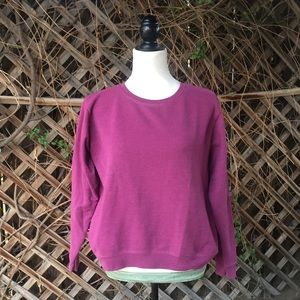 Hanes Sweaters - 💯CLEARANCE💯⛸Hanes⛸Classic Berry Sweatshirt
